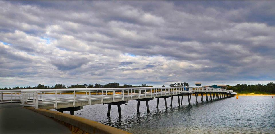 Lakes Entrance Footbridge